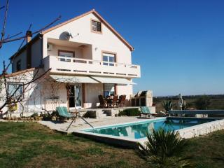 Tranquil Villa with pool & garden - Zadar vacation rentals