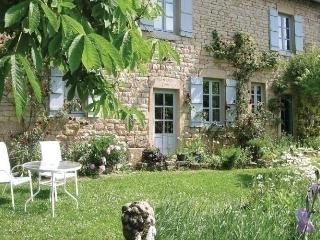 Charming House with Dishwasher and Short Breaks Allowed - Chardonnay vacation rentals