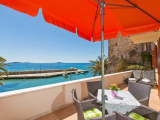 Apartment 2+2 IVO - Mlini vacation rentals