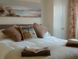 Nice Condo with Internet Access and Television - Saltburn-by-the-Sea vacation rentals