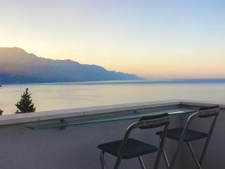 Apartment Botta (Seaside view-near Split) - Mimice vacation rentals
