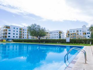 Buran Apartment, Armaçao de Pera, Algarve - Armação de Pêra vacation rentals