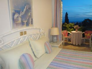 Comfortable 3 bedroom Voula Apartment with Internet Access - Voula vacation rentals