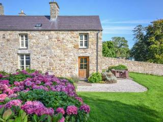 3 bedroom House with Parking in Moelfre - Moelfre vacation rentals