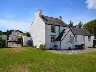 Nice House with Garden and Parking - Brynsiencyn vacation rentals