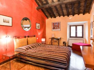 Very Elegant Studio in Rome - Colosseum - Rome vacation rentals