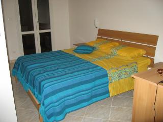 Cozy 2 bedroom Fluminimaggiore Apartment with Internet Access - Fluminimaggiore vacation rentals