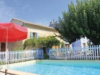 Lovely 6 bedroom House in Richerenches - Richerenches vacation rentals