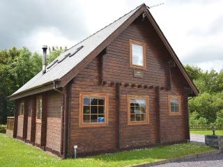 Nice 3 bedroom Menai Bridge Cabin with Parking - Menai Bridge vacation rentals