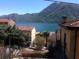 1 bedroom Condo with Long Term Rentals Allowed (over 1 Month) in Argegno - Argegno vacation rentals