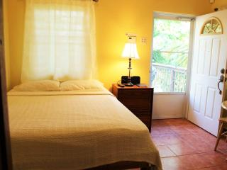 Studio 2-cozy and easy on budget - Rincon vacation rentals