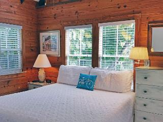 Poinciana Place Treetop: Second Floor, Hot Tub, Walk to Beach & Downtown! - Key West vacation rentals