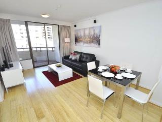 DARLINGHURST FULLY SELF CONTAINED MODERN 1 BED APARTMENT (49OXF) - Sydney vacation rentals