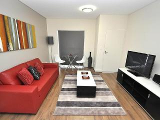 GLEBE FULLY SELF CONTAINED MODERN 1 BED APARTMENT (1COW) - Sydney vacation rentals