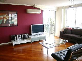 2 bedroom House with Internet Access in Sydney - Sydney vacation rentals