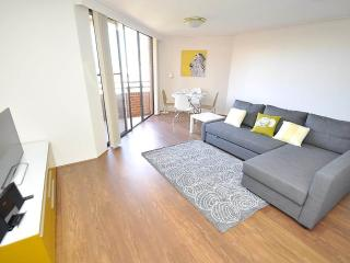 PYRMONT FULLY SELF CONTAINED MODERN 2 BED APARTMENT (1191HAR) - Sydney vacation rentals