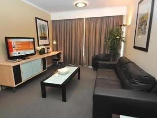 PYRMONT FULLY SELF CONTAINED MODERN 2 BED APARTMENT (310MUR) - Sydney vacation rentals