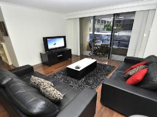 Cozy 2 bedroom House in Sydney with Internet Access - Sydney vacation rentals