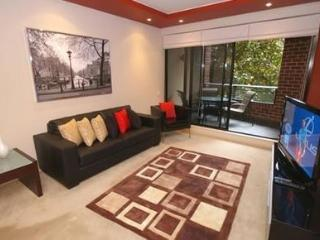 PYRMONT FULLY SELF CONTAINED MODERN 2 BED APARTMENT (D307PT) - Sydney vacation rentals