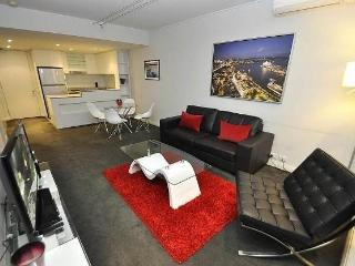 PYRMONT FULLY SELF CONTAINED MODERN 1 BED APARTMENT (D604PT) - Sydney vacation rentals