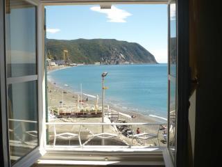 Seafront Apartment near 5 Terre - Riva Trigoso vacation rentals