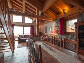 Apartment Les Balmes - Sleeps 6-8 - Savoie vacation rentals