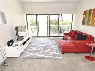 SYDNEY CBD FULLY SELF CONTAINED MODERN 2 BED APARTMENT (507LP) - Sydney vacation rentals