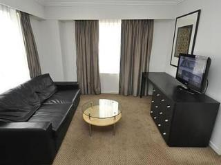 SYDNEY CBD FULLY SELF CONTAINED MODERN 1 BED APARTMENT (625HG) - Sydney vacation rentals