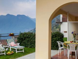 Wonderful 2 bedroom House in Ossuccio with Internet Access - Ossuccio vacation rentals