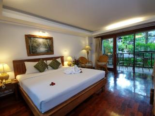 Wonderful Condo with Internet Access and A/C - Chaweng vacation rentals