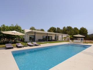 Lovely 4 bedroom Villa in San Rafael - San Rafael vacation rentals