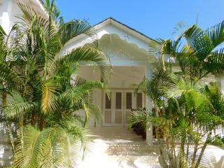 Villa LARIMAR Playa Popi - Las Terrenas vacation rentals