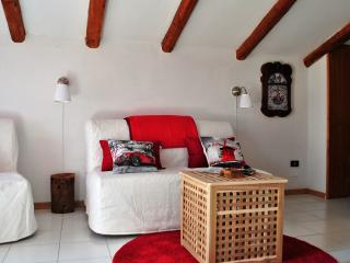 Lovely Attic near Pompei & Sorrento coast - Castellammare Di Stabia vacation rentals