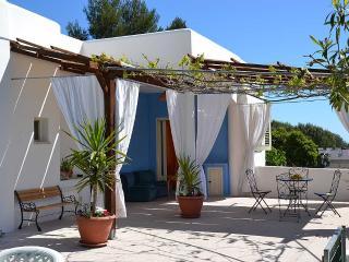 VILLA SONIA a terrace overlooking the Adriatic Sea - Corsano vacation rentals
