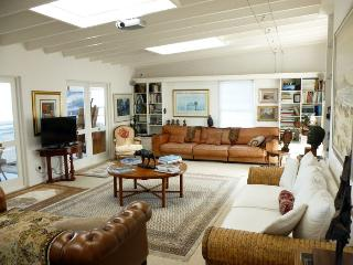 Best treat Ideal Located Arty Apartment - Kalk Bay vacation rentals