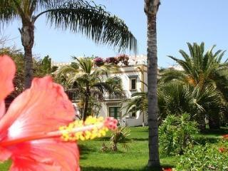 Holiday apartment Puerto Mogan. Fully modernized - Playa de Mogan vacation rentals