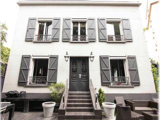 Nice Villa with Internet Access and Wireless Internet - Boulogne-Billancourt vacation rentals