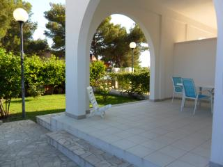 2 bedroom House with Television in Campomarino - Campomarino vacation rentals