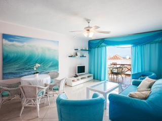 By the beach, Paraiso Royal Las America - Playa de las Americas vacation rentals