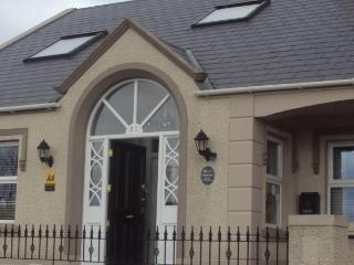 Causeway Lodge - The Causeway Suite - Bushmills vacation rentals
