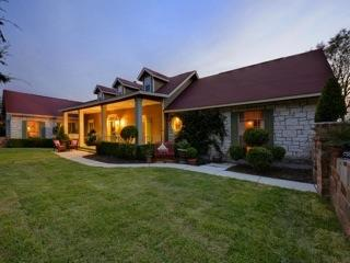 Comfortable elegance for the whole family/5 acres - Wimberley vacation rentals