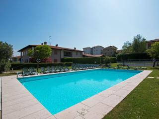 2 bedroom Apartment with Internet Access in Province of Brescia - Province of Brescia vacation rentals