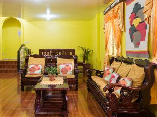 Sunflower Vacation House - 4 bedroom/2 CR house - Baguio vacation rentals