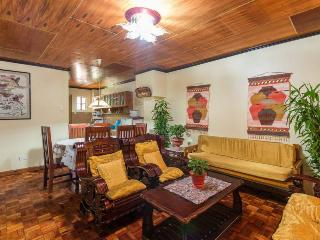 Tiptop Unit 202 – 3 Bedroom/2 Bathroom apartment – sleeps 12 - Baguio vacation rentals