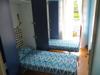 Cozy 2 bedroom Condo in Ghiffa with Balcony - Ghiffa vacation rentals