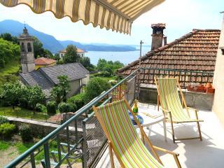 2 bedroom Apartment with Balcony in Ghiffa - Ghiffa vacation rentals