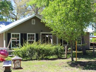Coastal Cottage Off the Beaten Path The Chum Shack - Darien vacation rentals