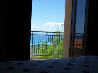 Bright 4 bedroom House in San Marco D'Alunzio - San Marco D'Alunzio vacation rentals