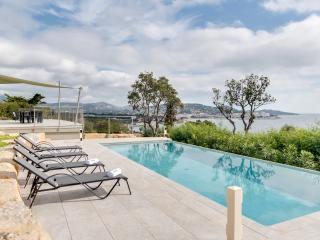 Elegant modern villa on the Mediterranean - Saint-Maxime vacation rentals