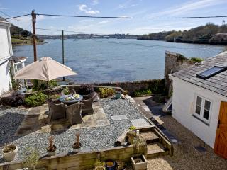 Harbour View, Wilcove located in Torpoint, Cornwall - Torpoint vacation rentals